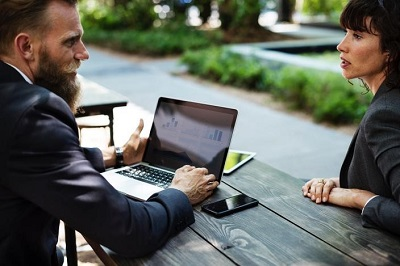自分が仕事で何を求めているかで就職先を決めるべき